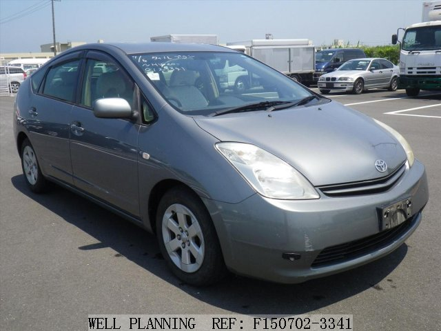 Used TOYOTA Prius S Hatchback 2004