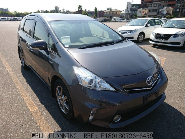 Used TOYOTA Prius S Hatchback 2011
