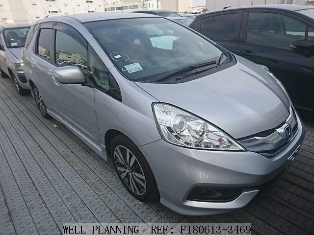 Used HONDA Fit shuttle HYBRID SMART SELECTION Hatchback 2011