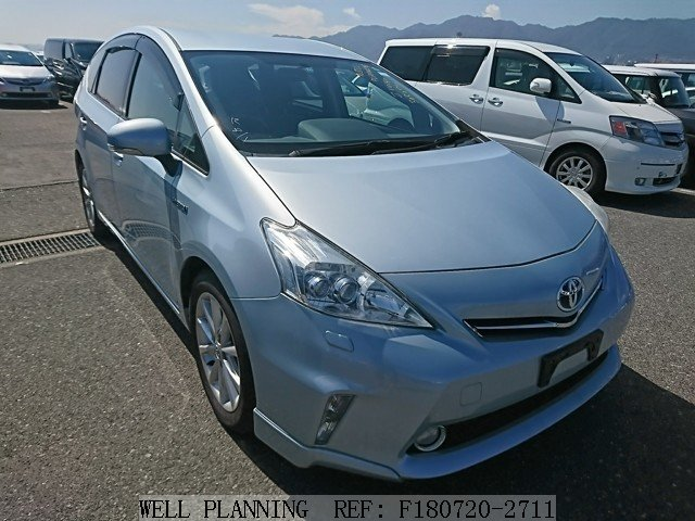 Used TOYOTA Prius α S TOURING SELECTION Hatchback 2011
