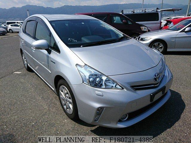 Used TOYOTA Prius α S Hatchback 2012