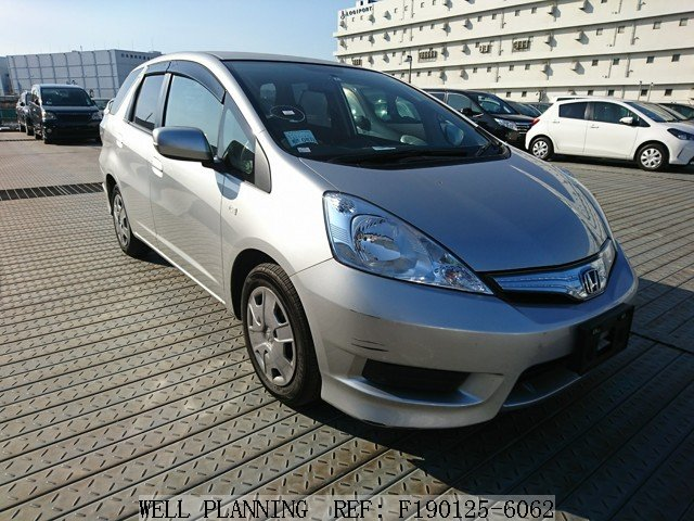 Used HONDA Fit shuttle C Wagon 2012